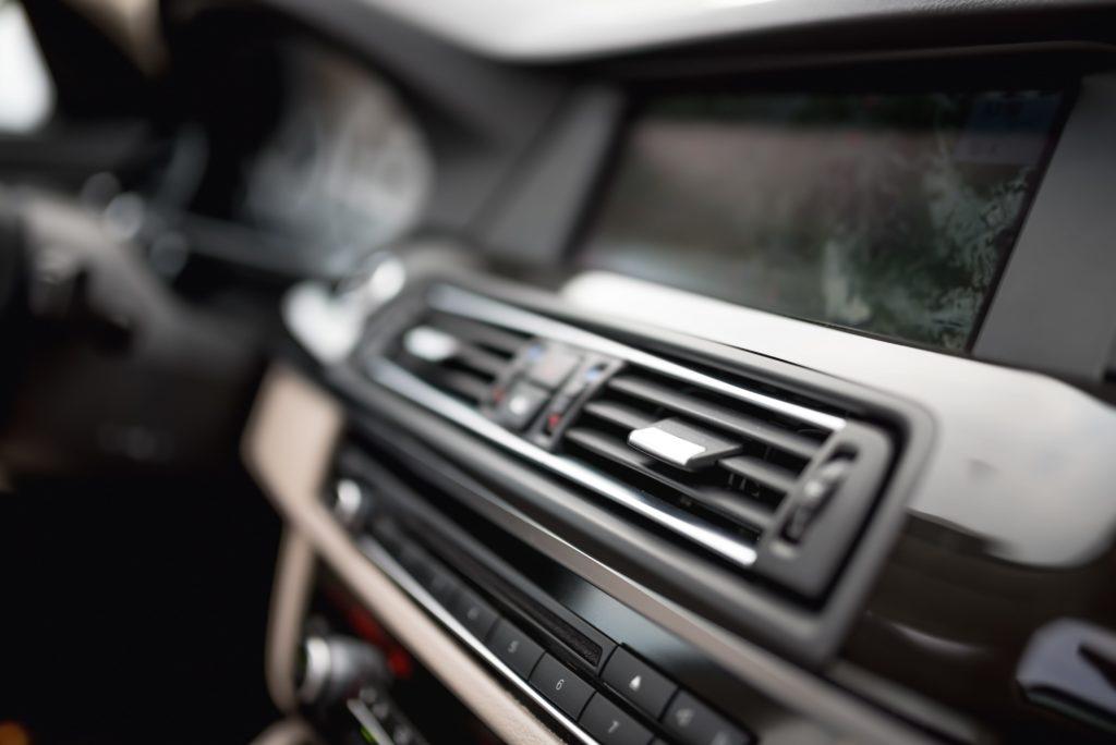 aire acondicionado coche, aire coche, aire vehiculo, sistema aire coche, climatizacion coche